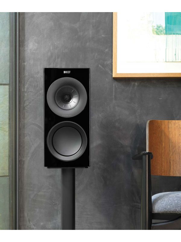 KEF R3 Gloss Black HiFi bookshelf speaker