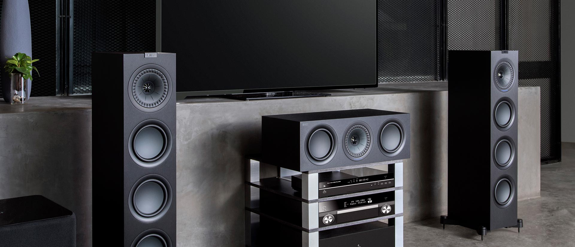 A centre channel needs to perfectly match the home theatre system, Uni-Q technology means the sound is as seamless as the picture.