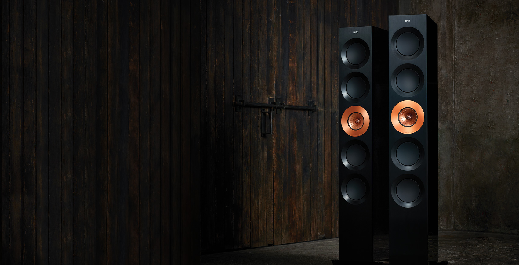 KEF REFERENCE Series REFERENCE 5 Floorstanding speakers.